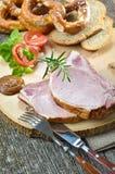 Spuntino con le spuntature bavaresi del porco Fotografia Stock Libera da Diritti