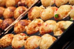 Spuntino del giapponese - Tacoyaki Fotografie Stock