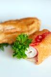 Spuntino fritto nel grasso bollente per un buffet Fotografia Stock Libera da Diritti