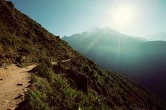 Spur auf dem Weg zu niedrigem Lager Everest Stockfoto