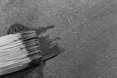 Spur der schwarzen Farbe nach Bürste Lizenzfreies Stockbild