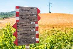 Spuren in Val D'Orcia - Toskana - Italien Stockbilder