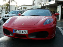 Spyder de Ferrari F430 del perfecto estado debajo de la lluvia, España Fotografía de archivo libre de regalías