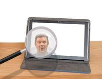 Spyware que corta la violación de la seguridad del peligro de la identidad de Internet del ordenador foto de archivo