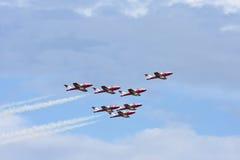 Squadra aerobatic degli Snowbirds canadesi Fotografie Stock