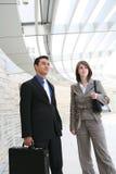 Squadra attraente di affari all'ufficio Fotografie Stock Libere da Diritti