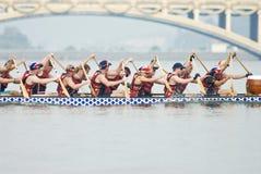 Squadra britannica della corsa di barca del drago Fotografia Stock Libera da Diritti