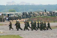 Squadra dei paracadutisti sul movimento Fotografia Stock