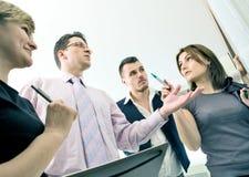 Squadra di affari nella discussione Immagine Stock Libera da Diritti