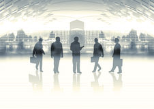Squadra di affari su orizzonte Immagine Stock