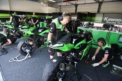 Squadra di corsa ufficiale di Kawasaki ZX-10R Fotografia Stock