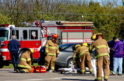Squadra di emergenza sulla scena Fotografia Stock