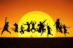 Squadra di salto della siluetta Immagini Stock Libere da Diritti