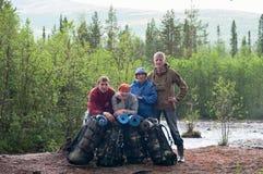 Squadra di viaggiatori che trekking Fotografie Stock Libere da Diritti
