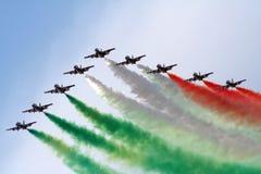 Squadra italiana di Frecce Tricolori Immagine Stock