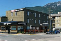 Squamish, Canadá - 22 de julho de 2018: Segunda avenida no hotel Squamish do Columbia Britânica de Squamish imagem de stock royalty free