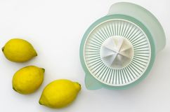 Squeezer λεμονιών 03-λεμόνια Στοκ φωτογραφία με δικαίωμα ελεύθερης χρήσης