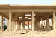 Squelette abandonné de construction dans Marsa Alam image stock