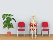Squelette dans une salle d'attente Photo stock