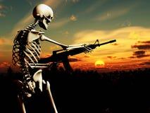 Squelette de guerre avec le fond 4 Images libres de droits