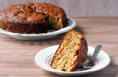 Lemon-ginger and date cake with apple Royalty Free Stock Photos