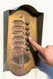 Squillo del campanello per porte Immagini Stock