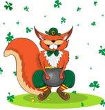 Squirell felice vestito come un leprechaun ed oro Giorno del ` s di St Patrick del manifesto Fotografia Stock Libera da Diritti