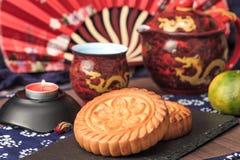 Squisitezza tradizionale cinese - mooncakes fotografia stock libera da diritti