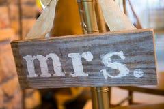 Sr. da decoração do casamento e Sra. Sign Imagem de Stock Royalty Free