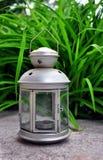 Srebna lampa z świeczką Zdjęcie Stock