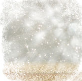 Srebnego i białego bokeh defocused światła z płatek śniegu narzutą abstrakcyjny tło Obraz Stock