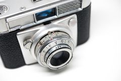Srebnej kamery starej fotografii bia?y t?o, rolki kamera zdjęcie stock