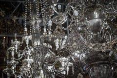 Srebni kandelabry w antycznym kościół obrazy royalty free