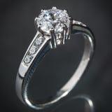 Srebny diamentowy pierścionek Obraz Stock