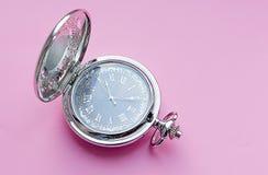 Srebny kieszeniowy zegarek z językiem arabskim fotografia royalty free