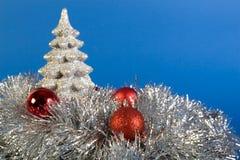 srebrny glob drzewo. Zdjęcie Royalty Free