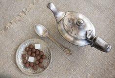 srebrny teapot starożytnym Fotografia Royalty Free