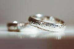 Srebro pierścionki Zdjęcia Royalty Free