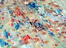 Srebrzystej tęczy ciężcy pastelowi woskowaci punkty, zamazany akwareli tło Zdjęcia Stock