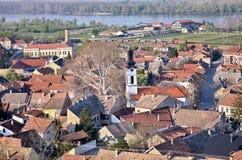 Sremski Karlovci stad, sikten på staden Royaltyfria Foton