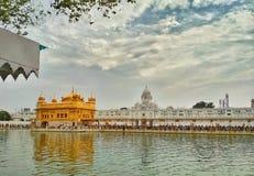 Sri Harminder Sahib bekannt als goldener Tempel in Amritsar, Indien Lizenzfreie Stockfotos