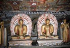 1977 Sri Lanka Buddhas, en templo de la cueva de Dambulla Foto de archivo