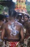 Sri Lanka: Buddistiskt folk på fullmåneprocessionen royaltyfria foton