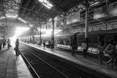 Sri Lanka, Colombo, el 11 de febrero de 2017, ferrocarril de Colombo Foto de archivo libre de regalías