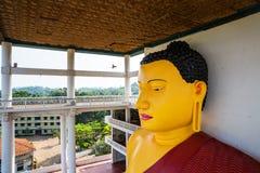 Sri Lanka dragningar, buddha staty i gammal tempel Fotografering för Bildbyråer