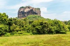 Sri Lanka: forntida Lion Rock fästning i Sigiriya fotografering för bildbyråer