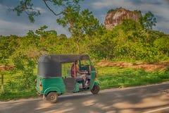 Sri Lanka: forntida Lion Rock fästning i Sigiriya arkivfoto