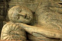 Sri Lanka - uma Buda de reclinação em Gal Vilhara foto de stock