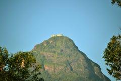 Sri Pada bergAdams maximum Sri Lanka royaltyfri foto