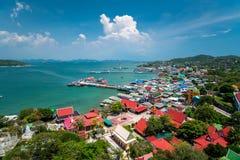Srichang wyspa duża wyspa na chonburi, Tajlandia zdjęcia royalty free
